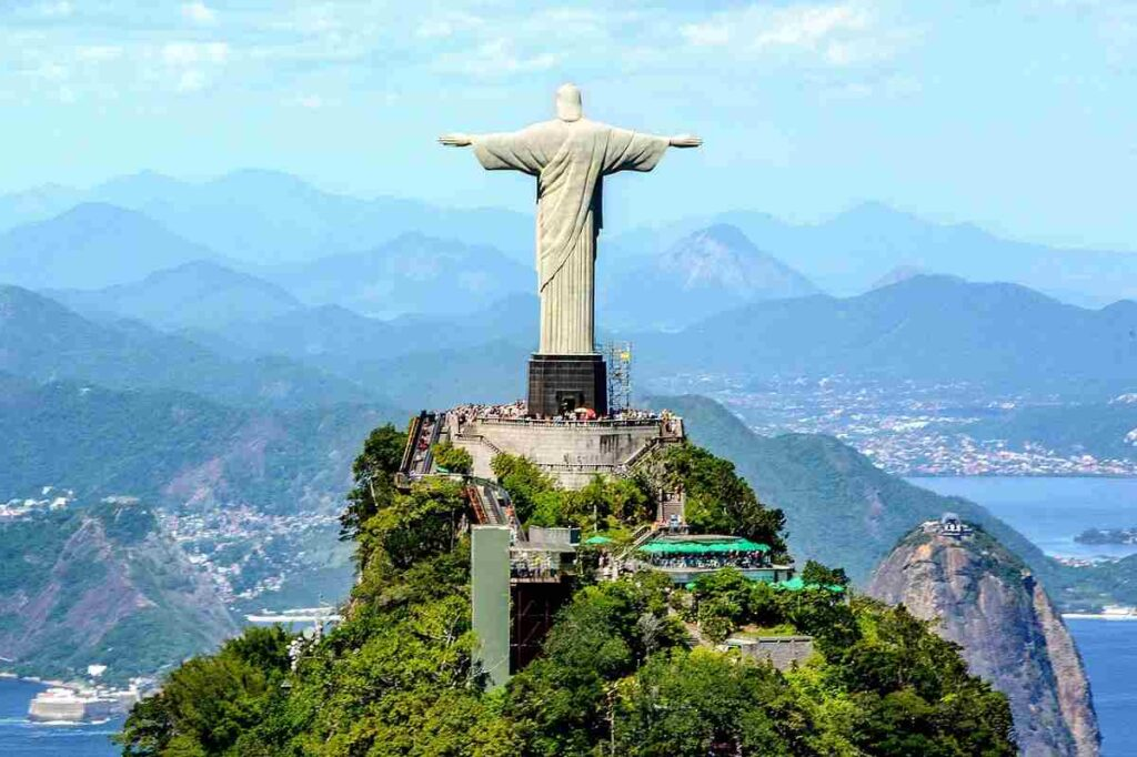 Christ-the-Redeemer-in-hindi