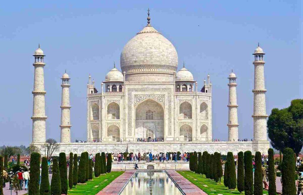 Taj-mahal-in-hindi