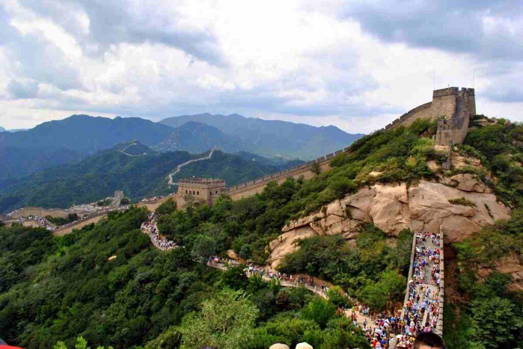 great-wall-of-China-in-hindi